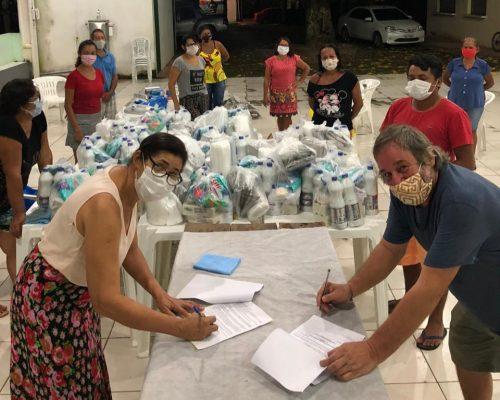 Assinatura de convênio com a Rede de Costureiras do Clube de Mães de Alter do Chão para produção de máscaras (20/04)