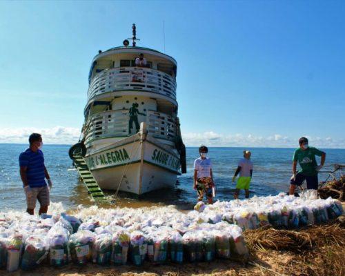 No período de 06 a 09 de junho onze toneladas de kits de higiene e proteção foram entregues à quarenta e duas comunidades do Tapajós.